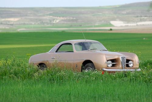 http://www.e-espai.org/gallery2/d/4841-2/Alfa Romeo Supergioello (1955)