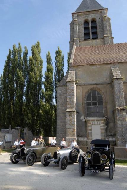 Bugatti expuestos en el Homenaje a Helle Nice