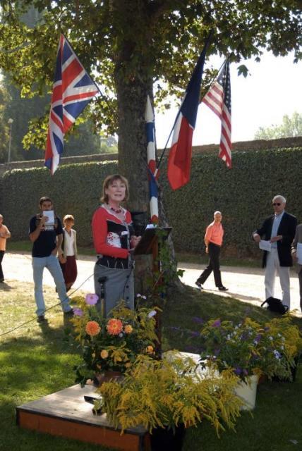 Miranda Seymour en el Homenaje a Helle Nice